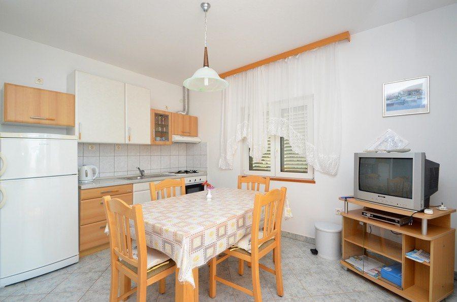 apartment3-06