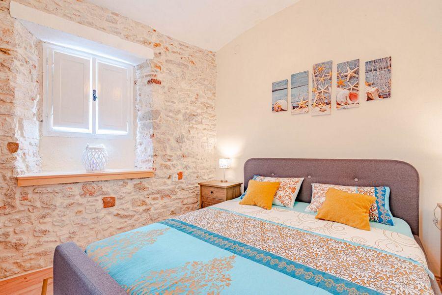 silva-apartment-vela-luka-bedroom1-08-2020-pic-02