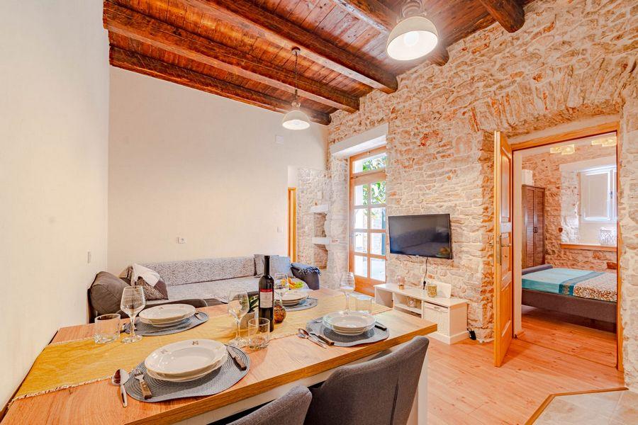silva-apartment-vela-luka-kitchen-08-2020-pic-01