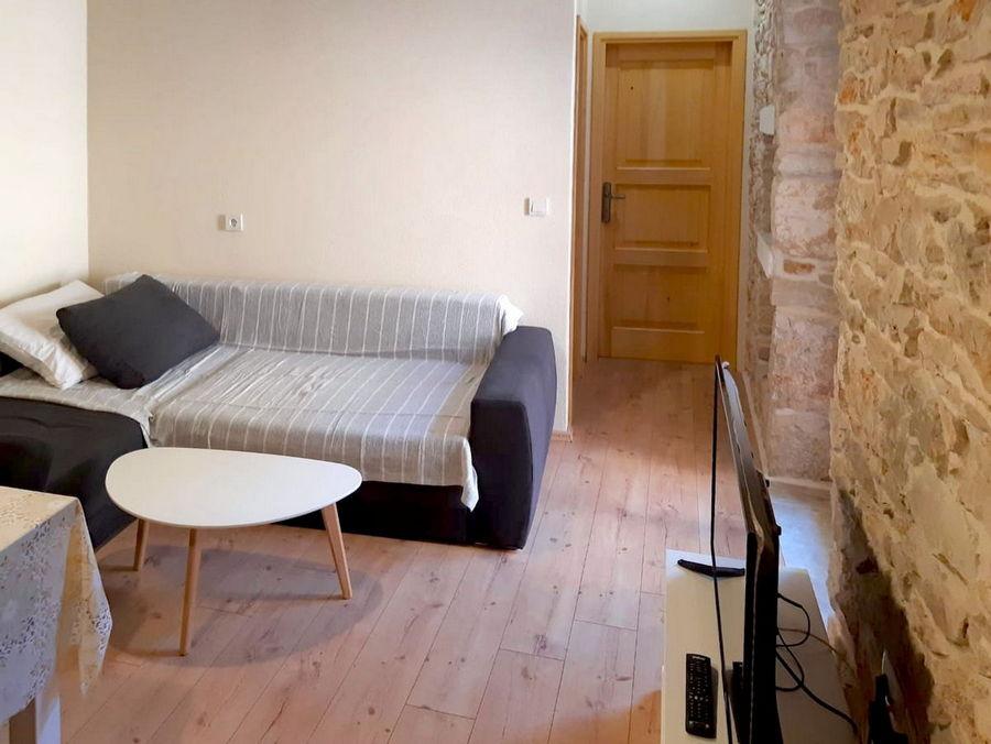 silva-apartment-vela-luka-kitchen-livingroom-04